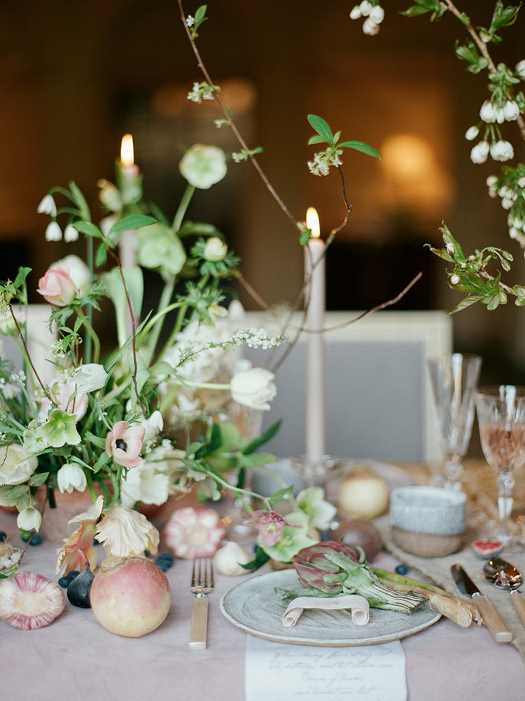 wedding tables - photo by Julie Michaelsen Photography http://ruffledblog.com/old-world-london-wedding-inspiration-with-delicate-details