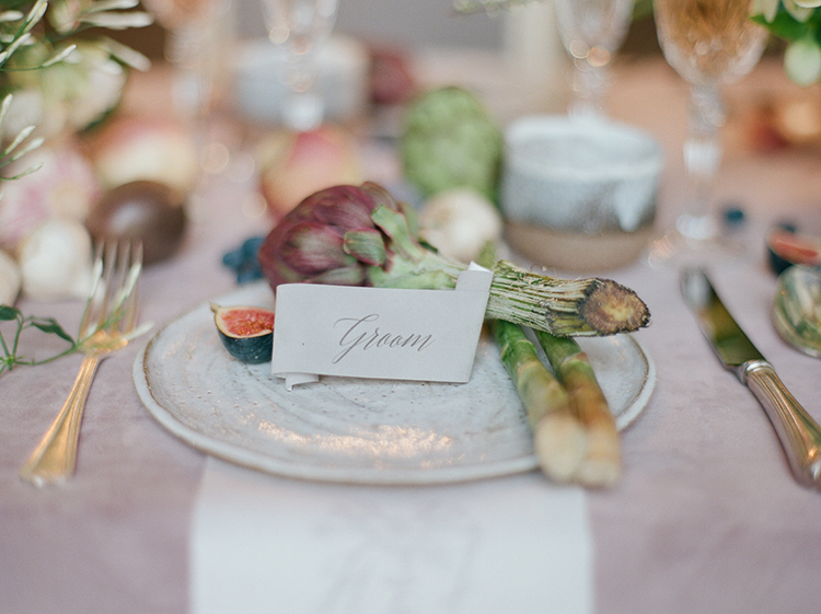 wedding name cards - photo by Julie Michaelsen Photography http://ruffledblog.com/old-world-london-wedding-inspiration-with-delicate-details