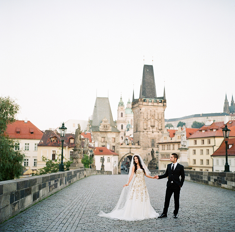 Old World Romance Wedding Inspiration in Prague - photo by Arte de Vie https://ruffledblog.com/old-world-romance-wedding-inspiration-in-prague