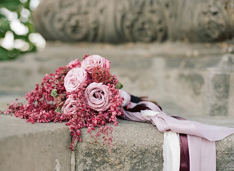 romantic pink wedding bouquets - photo by Arte de Vie http://ruffledblog.com/old-world-romance-wedding-inspiration-in-prague