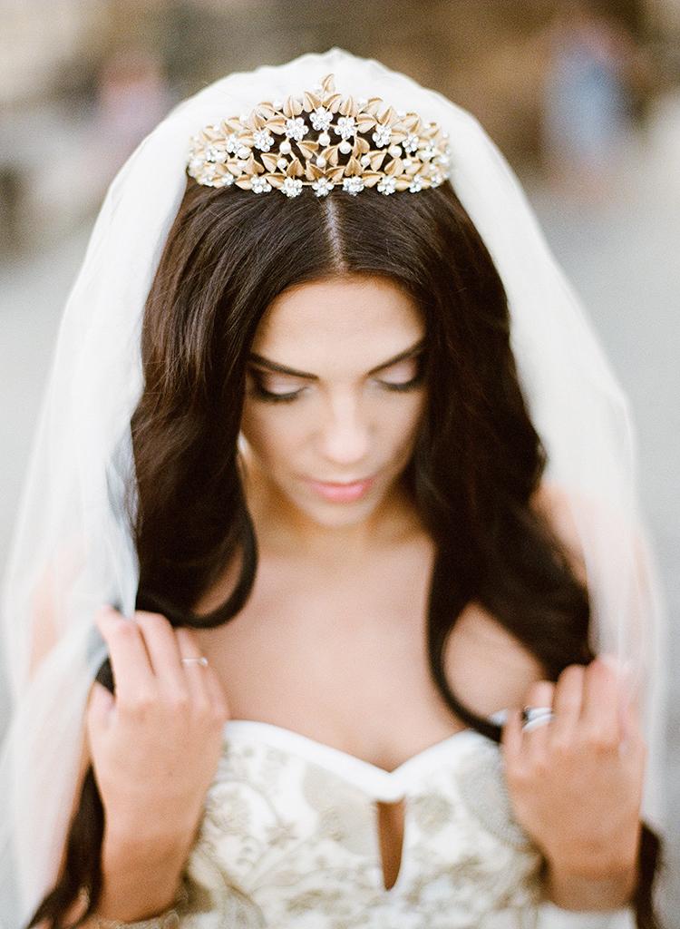 fairy tale bridal looks - photo by Arte de Vie http://ruffledblog.com/old-world-romance-wedding-inspiration-in-prague