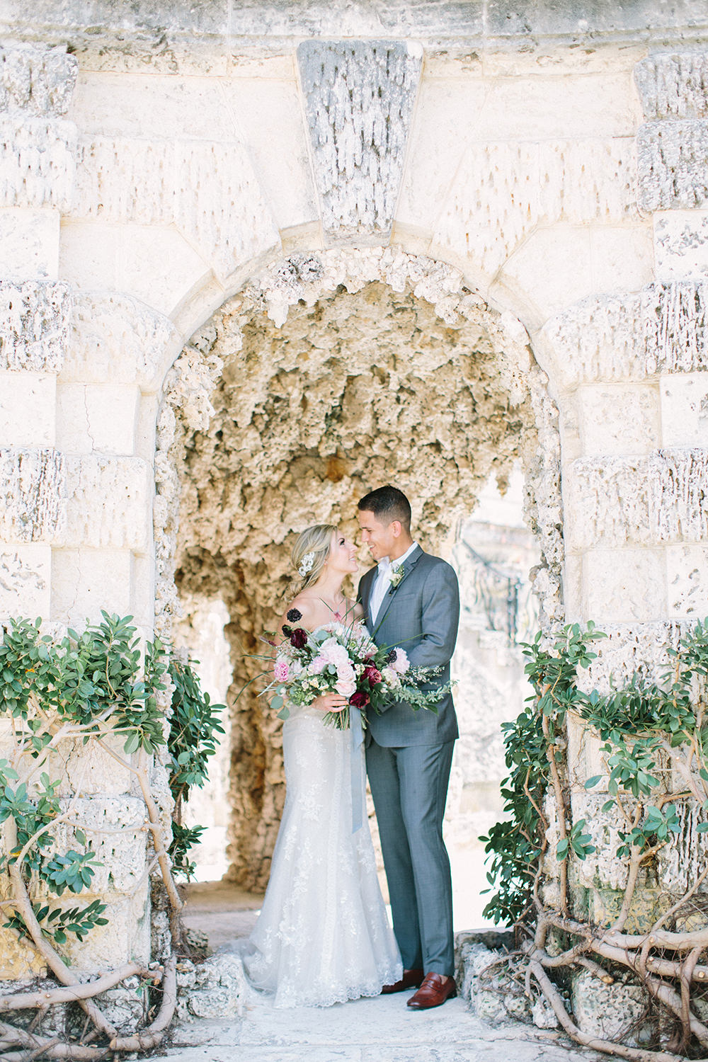 Old World Wedding Editorial at Vizcaya Museum - photo by Erica J Photography https://ruffledblog.com/old-world-wedding-editorial-at-vizcaya-museum