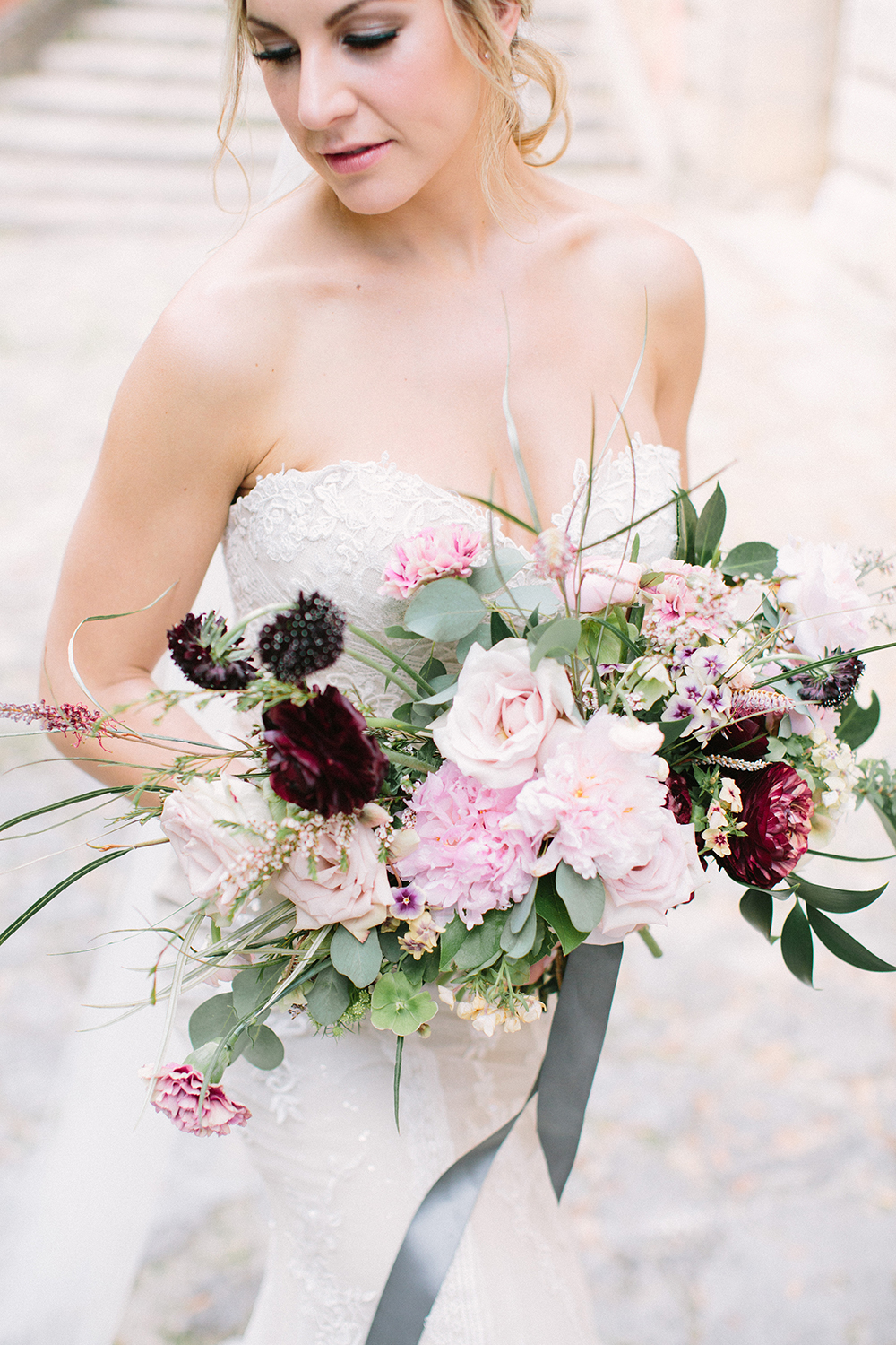 romantic pink bouquets - photo by Erica J Photography https://ruffledblog.com/old-world-wedding-editorial-at-vizcaya-museum
