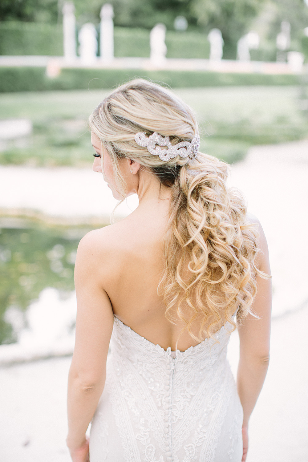 romantic bridal hair - photo by Erica J Photography https://ruffledblog.com/old-world-wedding-editorial-at-vizcaya-museum