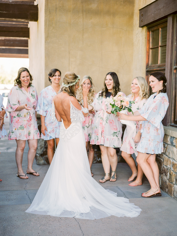 Oregon Resort Wedding with Bohemian Style - photo by Gabriela Ines Photography http://ruffledblog.com/oregon-resort-wedding-with-bohemian-style
