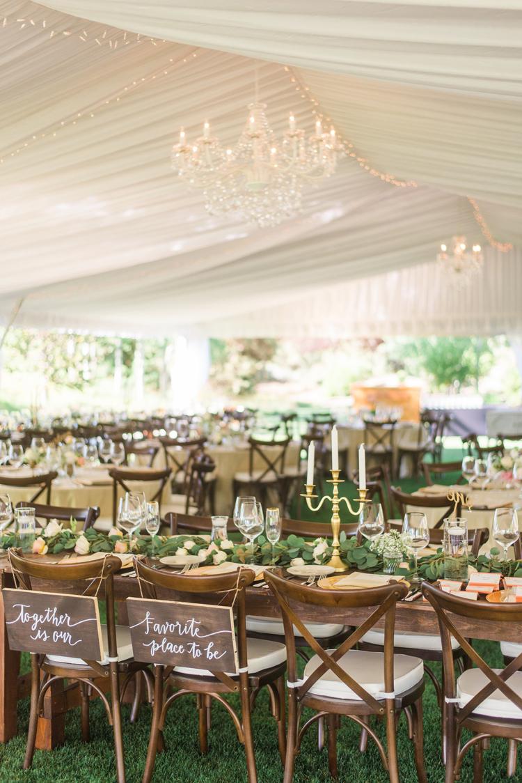 romantic wedding receptions - photo by Gabriela Ines Photography http://ruffledblog.com/oregon-resort-wedding-with-bohemian-style