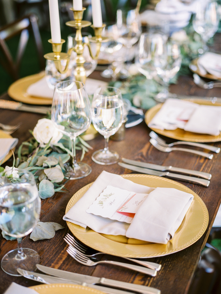 tablescapes - photo by Gabriela Ines Photography https://ruffledblog.com/oregon-resort-wedding-with-bohemian-style