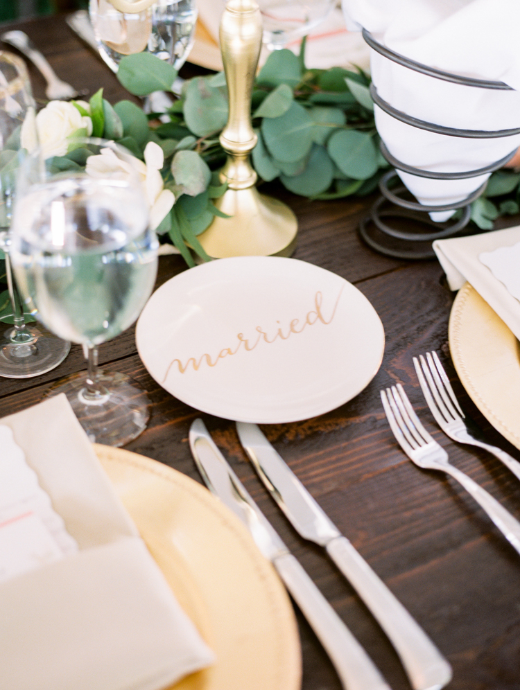 wedding ideas - photo by Gabriela Ines Photography http://ruffledblog.com/oregon-resort-wedding-with-bohemian-style