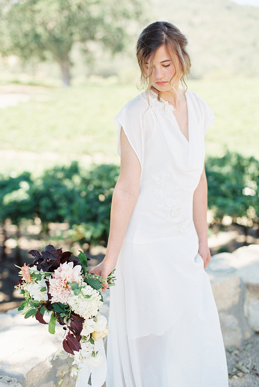 wedding inspiration - photo by Kara Miller https://ruffledblog.com/organic-romantic-wedding-inspiration