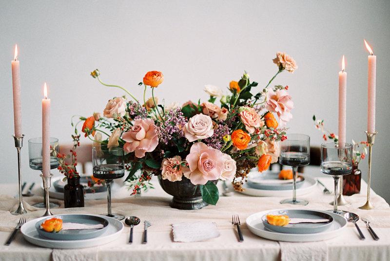 wedding tablescapes - photo by Olga Siyanko https://ruffledblog.com/organic-wedding-ideas-inspired-by-the-thorn-birds