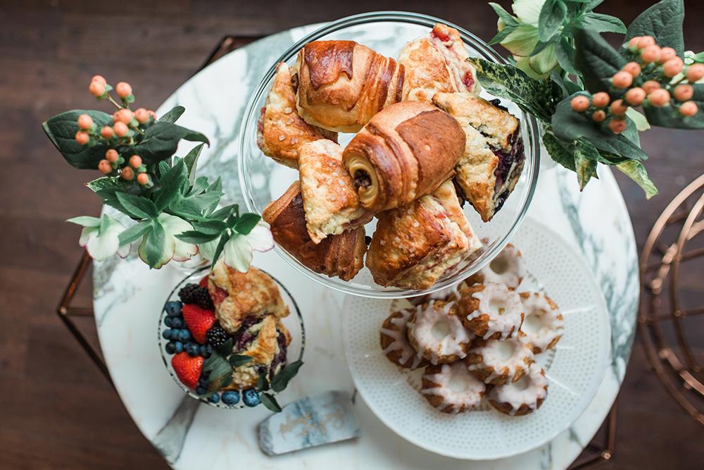 dessert tables - photo by Gina Neal Photography https://ruffledblog.com/portland-coffee-lovers-elopement-inspiration