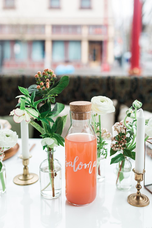 wedding ideas - photo by Gina Neal Photography https://ruffledblog.com/portland-coffee-lovers-elopement-inspiration