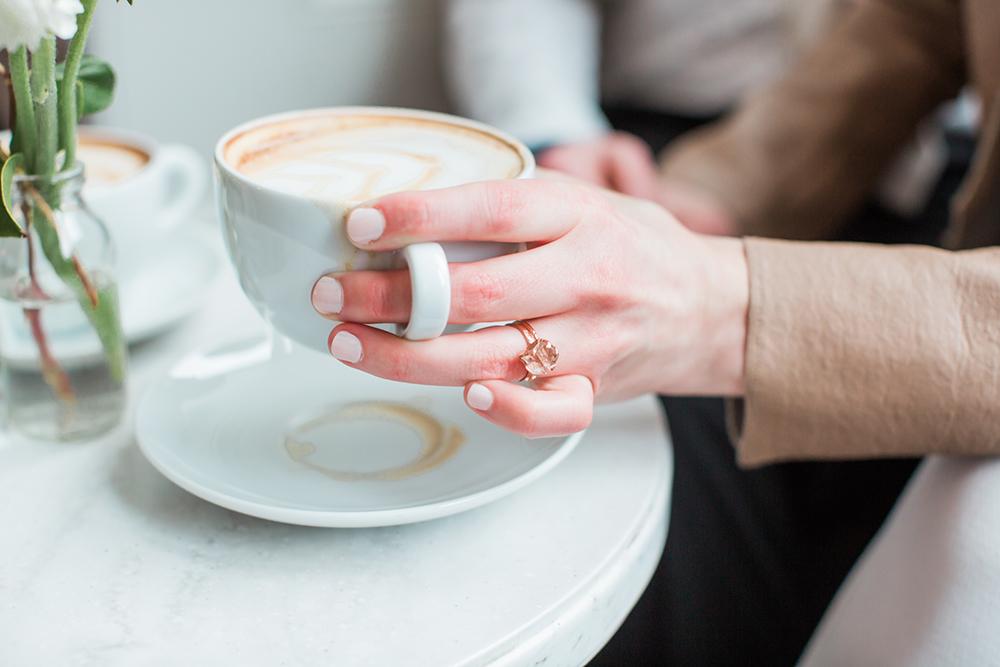 engagement shoot ideas - photo by Gina Neal Photography https://ruffledblog.com/portland-coffee-lovers-elopement-inspiration