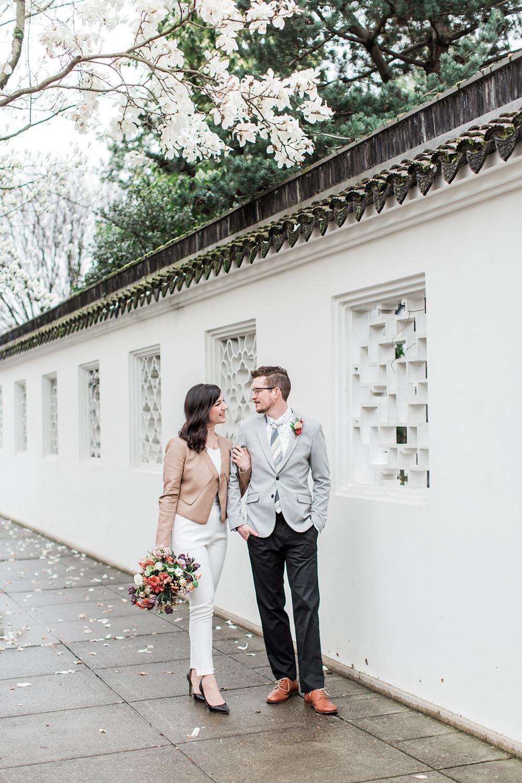 wedding inspiration - photo by Gina Neal Photography https://ruffledblog.com/portland-coffee-lovers-elopement-inspiration