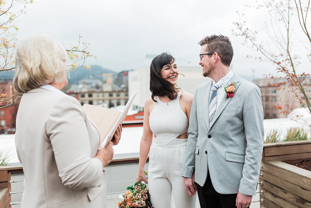 wedding ceremonies - photo by Gina Neal Photography https://ruffledblog.com/portland-coffee-lovers-elopement-inspiration
