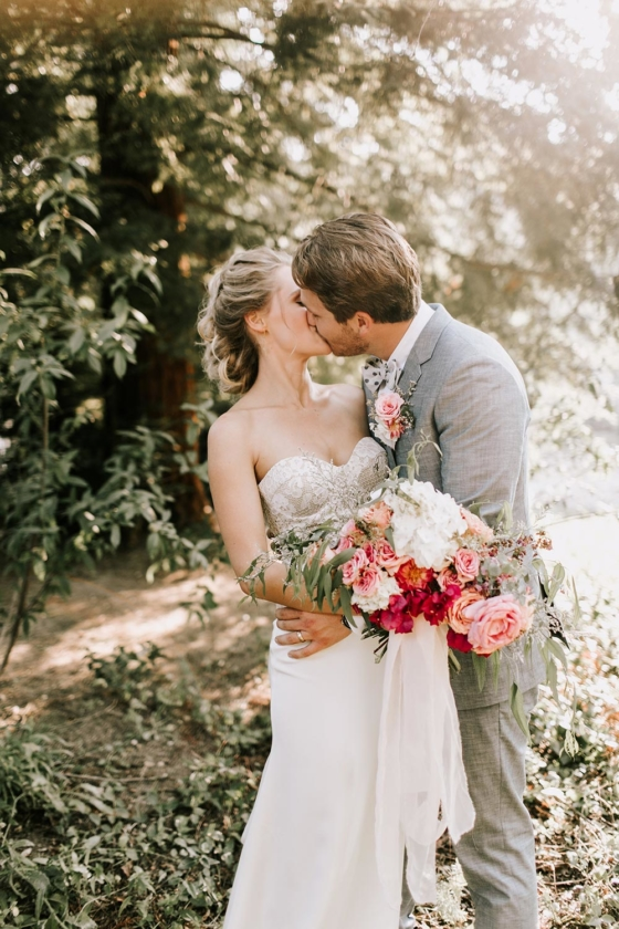 Pretty in Pink: A Backyard Wedding with Relaxed Elegance