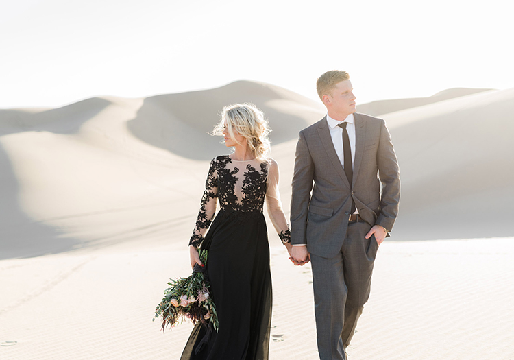sand dunes wedding inspiration - photo by Saje Photography http://ruffledblog.com/real-sand-dunes-elopement-with-a-black-wedding-gown