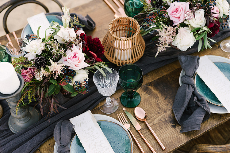 wedding tablescapes - photo by Saje Photography https://ruffledblog.com/real-sand-dunes-elopement-with-a-black-wedding-gown