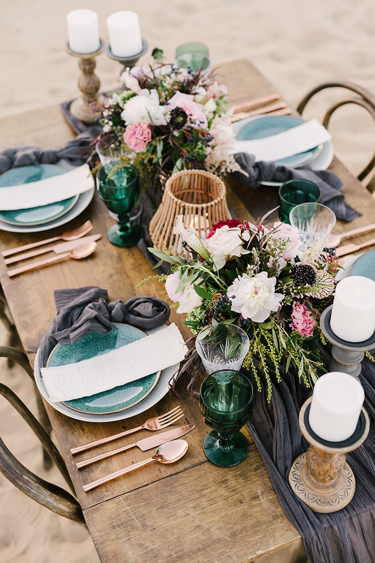 desert wedding tablescapes - photo by Saje Photography http://ruffledblog.com/real-sand-dunes-elopement-with-a-black-wedding-gown