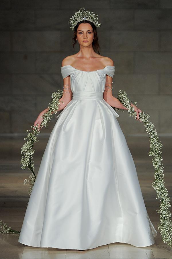 reem acra wedding dressesunway Show