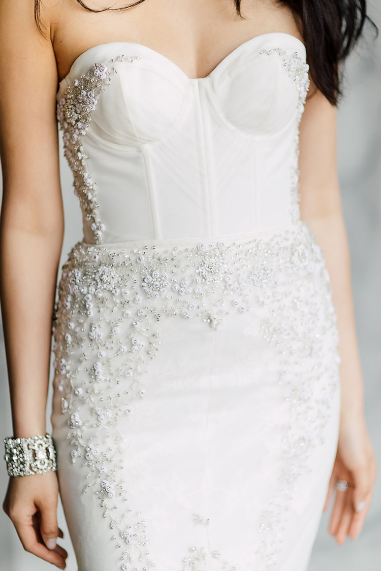 wedding dress fashion - photo by Purple Tree Photography http://ruffledblog.com/refined-wedding-ideas-with-a-monochrome-palette