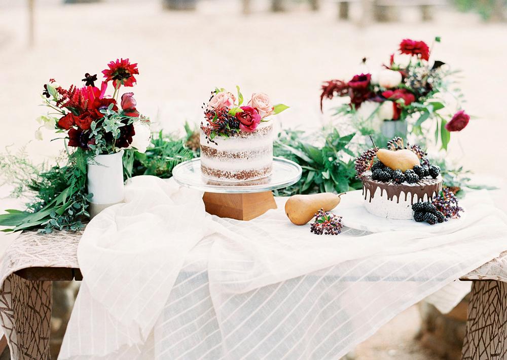 dessert tables - photo by Amanda Lenhardt https://ruffledblog.com/relaxed-san-juan-capistrano-wedding-inspiration