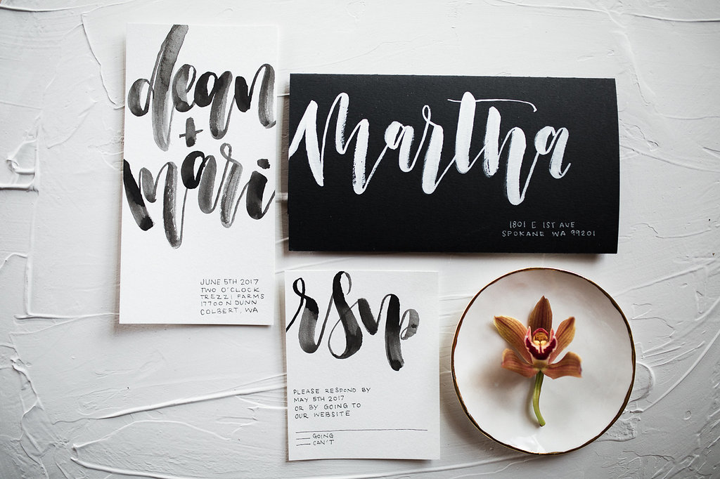 modern wedding invitations - photo by Hannah Victoria Photography https://ruffledblog.com/rich-toned-industrial-wedding-inspiration