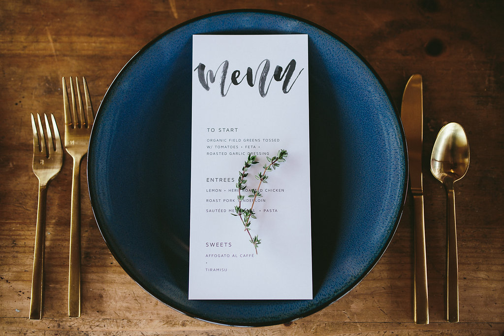 wedding tablescapes - photo by Hannah Victoria Photography https://ruffledblog.com/rich-toned-industrial-wedding-inspiration