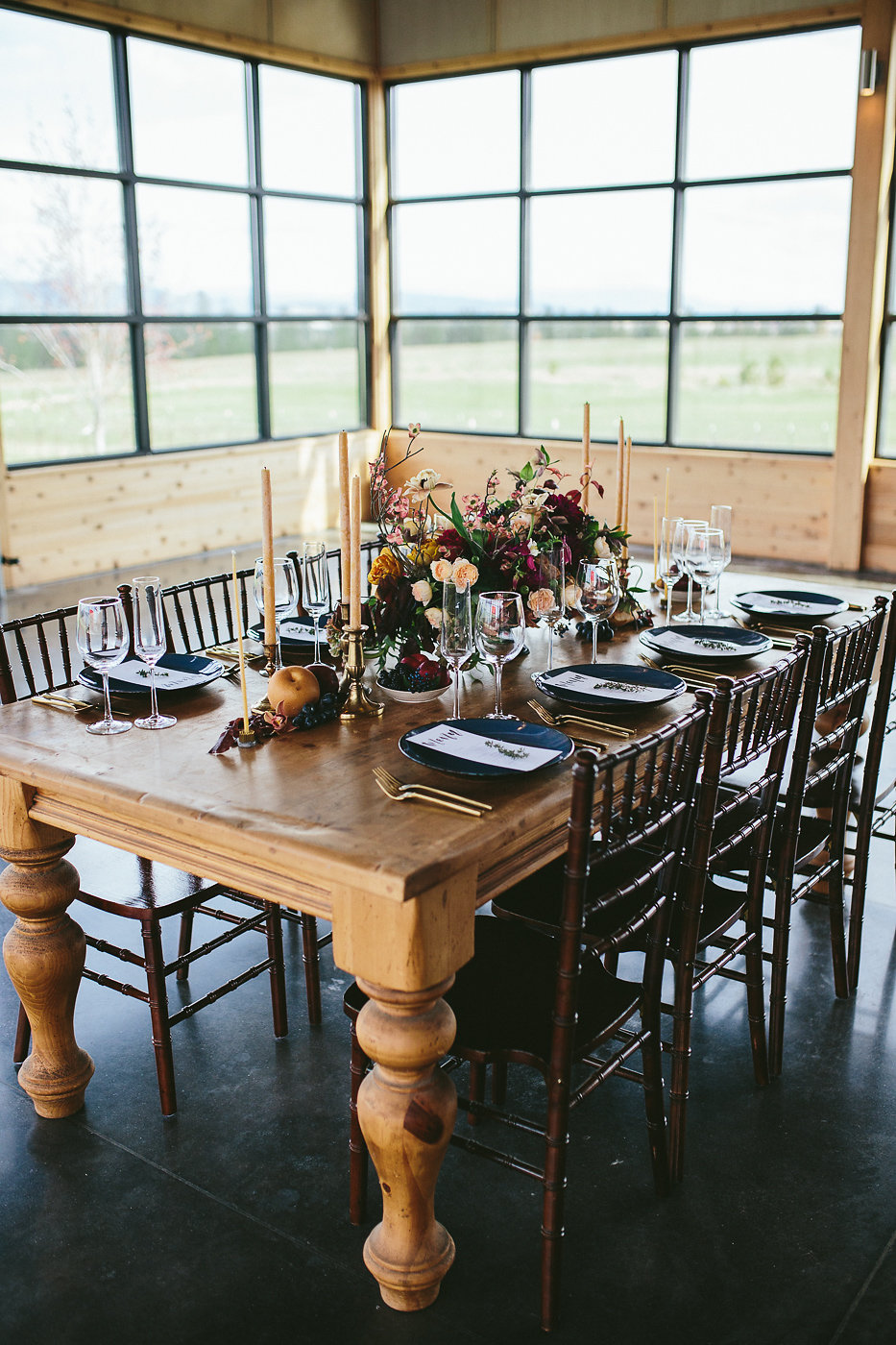 wedding tables - photo by Hannah Victoria Photography https://ruffledblog.com/rich-toned-industrial-wedding-inspiration