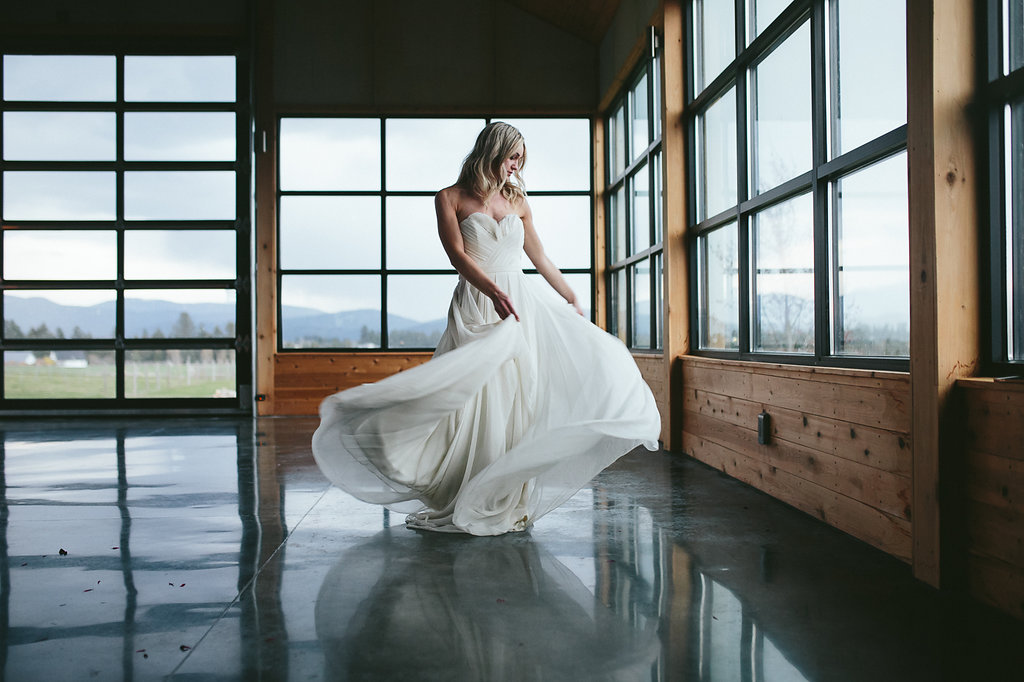 wedding dress fashion - photo by Hannah Victoria Photography http://ruffledblog.com/rich-toned-industrial-wedding-inspiration