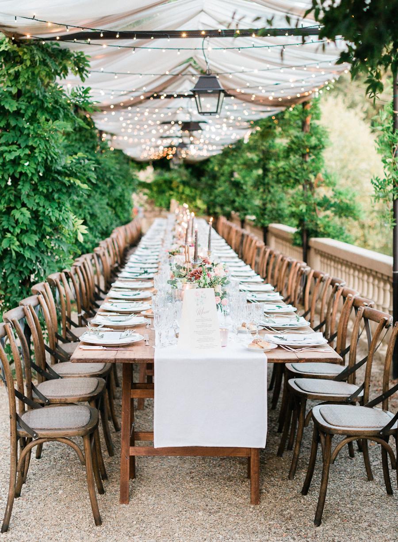 Romantic Al Fresco Wedding in Tuscany - photo by Kylee Yee http://ruffledblog.com/romantic-al-fresco-wedding-in-tuscany
