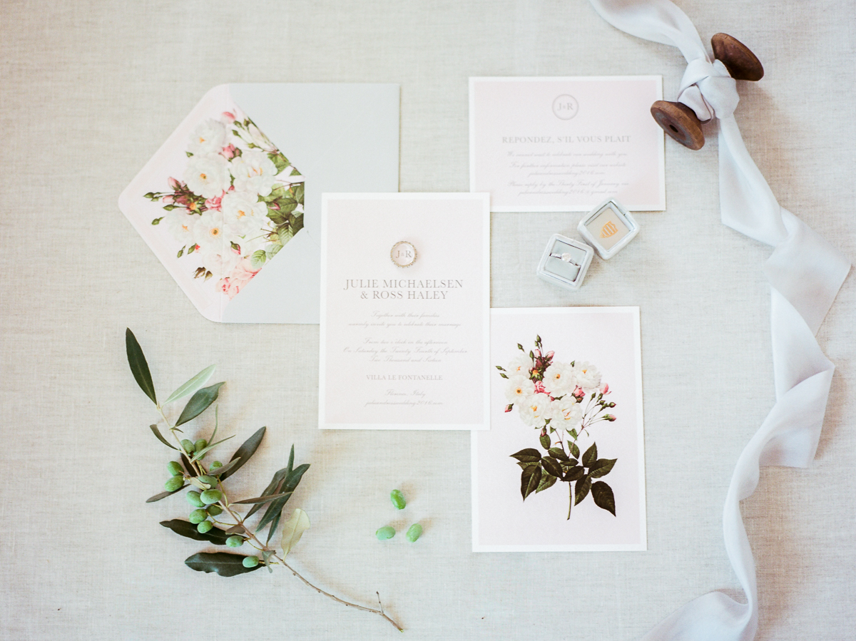 wedding invitations - photo by Kylee Yee http://ruffledblog.com/romantic-al-fresco-wedding-in-tuscany