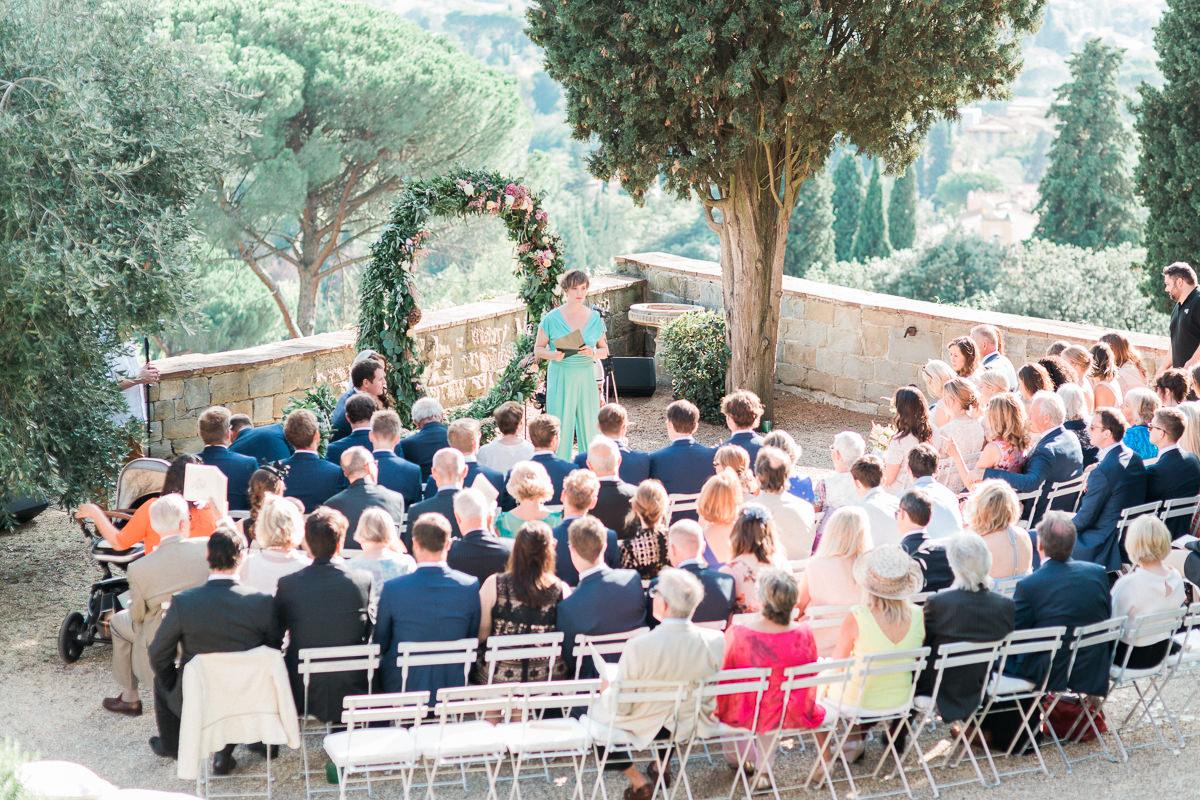wedding ceremonies - photo by Kylee Yee http://ruffledblog.com/romantic-al-fresco-wedding-in-tuscany