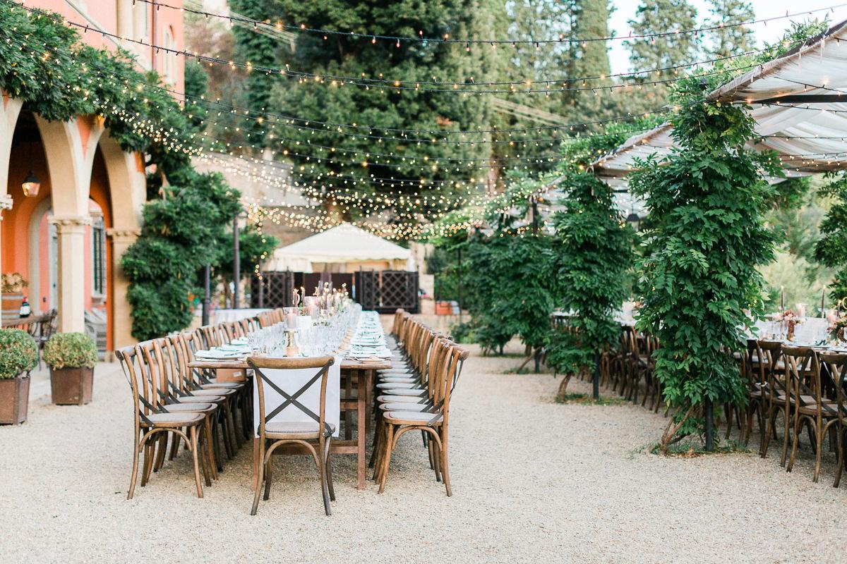 wedding receptions - photo by Kylee Yee http://ruffledblog.com/romantic-al-fresco-wedding-in-tuscany