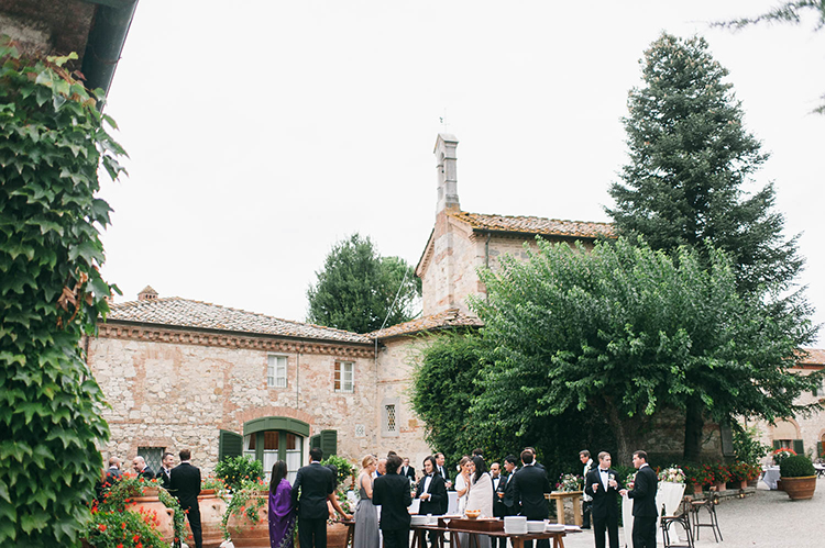 wedding venues - photo by Lisa Poggi https://ruffledblog.com/romantic-black-tie-wedding-in-tuscany