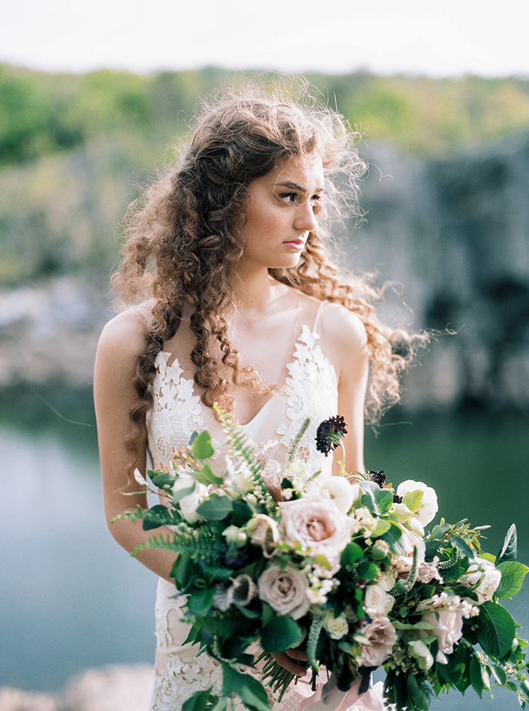 curly haired brides - photo by Photographs by Czar Goss https://ruffledblog.com/romantic-bridal-inspiration-in-great-falls-virginia
