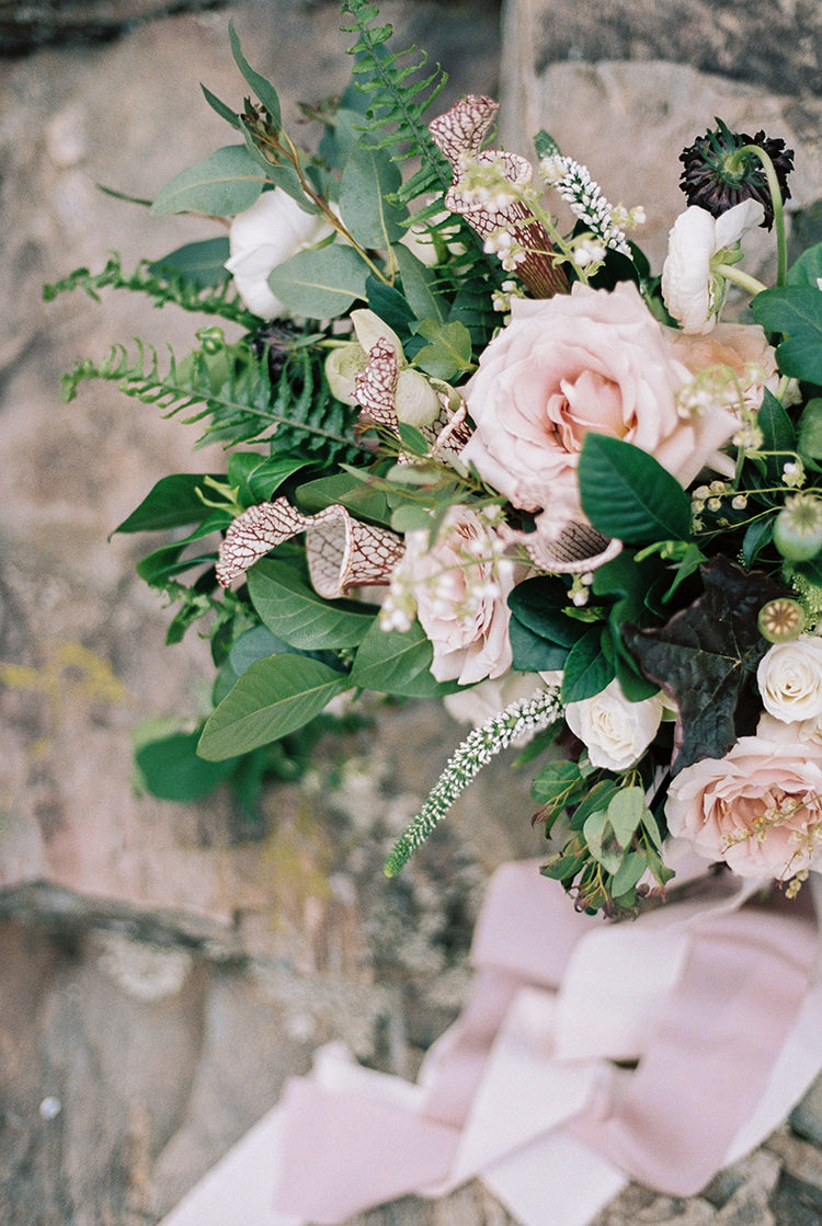 light pink rose wedding bouquets - photo by Photographs by Czar Goss https://ruffledblog.com/romantic-bridal-inspiration-in-great-falls-virginia
