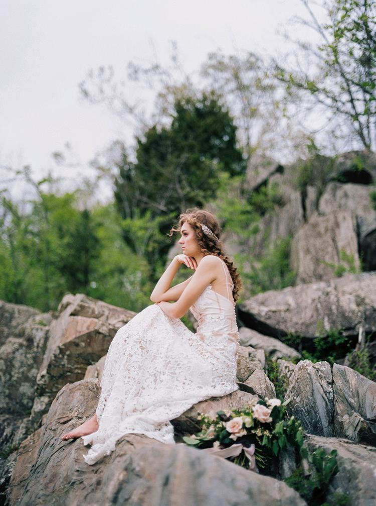 romantic bridal shoots - photo by Photographs by Czar Goss http://ruffledblog.com/romantic-bridal-inspiration-in-great-falls-virginia