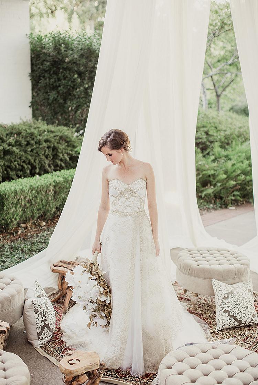 bridal portraits - photo by Shaun Menary Photography http://ruffledblog.com/romantic-garden-wedding-at-arlington-hall