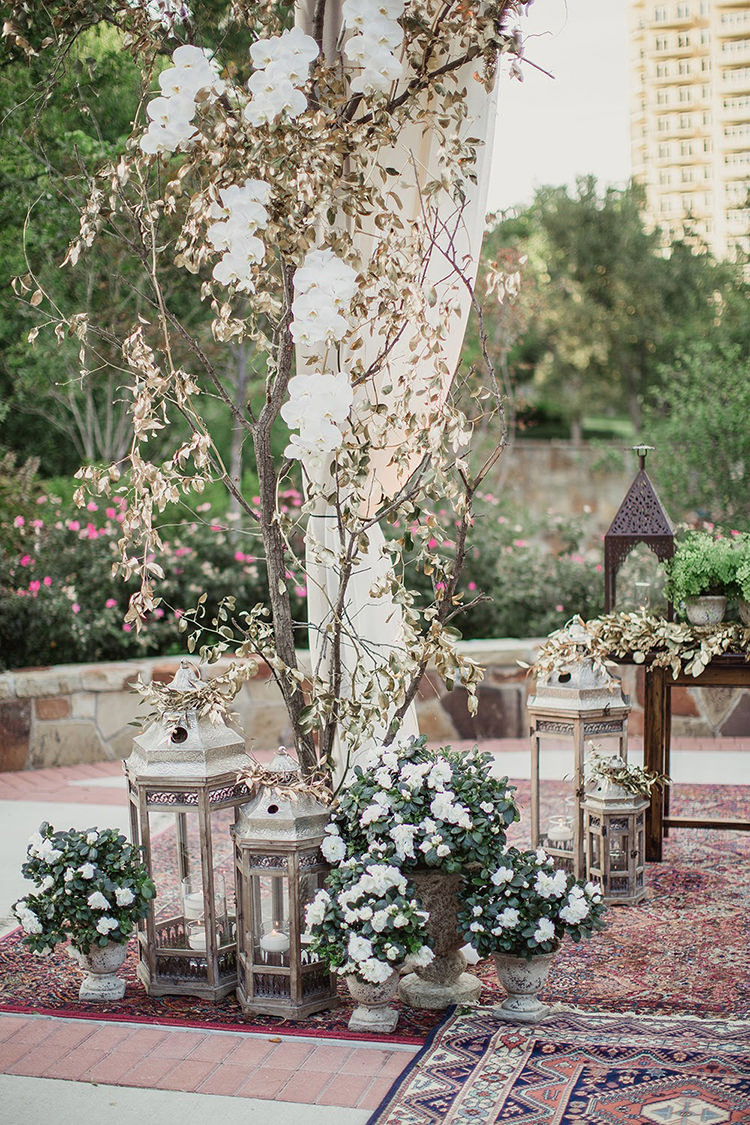 wedding ceremony decor - photo by Shaun Menary Photography http://ruffledblog.com/romantic-garden-wedding-at-arlington-hall