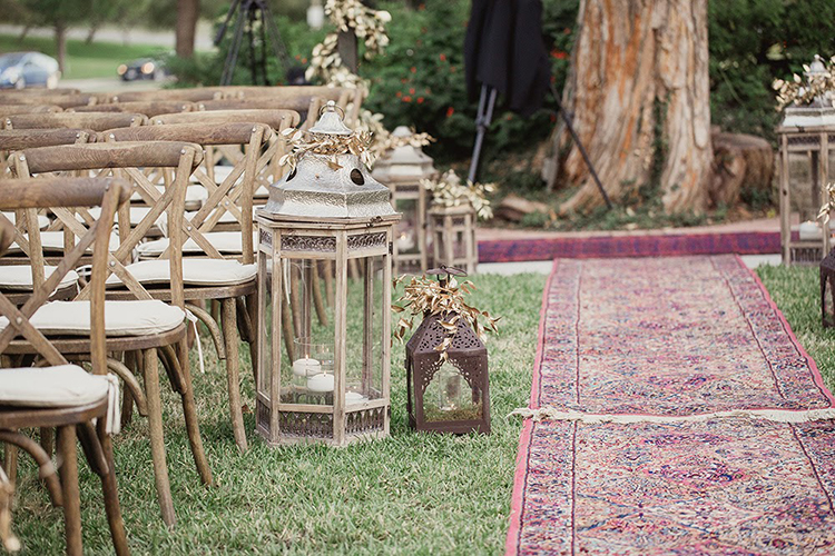 ceremony decor - photo by Shaun Menary Photography http://ruffledblog.com/romantic-garden-wedding-at-arlington-hall