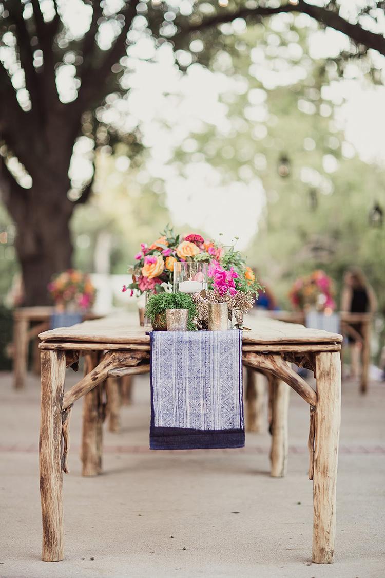 backyard garden receptions - photo by Shaun Menary Photography http://ruffledblog.com/romantic-garden-wedding-at-arlington-hall