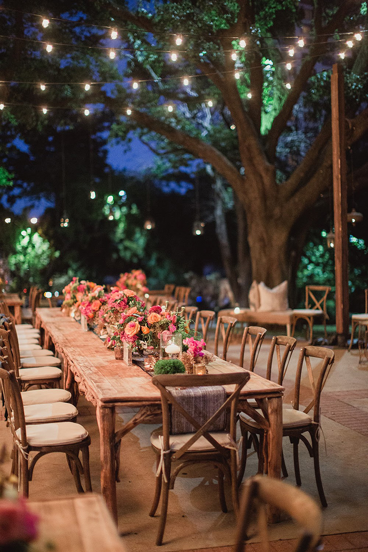 wedding receptions - photo by Shaun Menary Photography http://ruffledblog.com/romantic-garden-wedding-at-arlington-hall