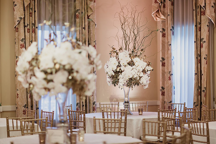 ballroom wedding ideas - photo by Shaun Menary Photography https://ruffledblog.com/romantic-garden-wedding-at-arlington-hall