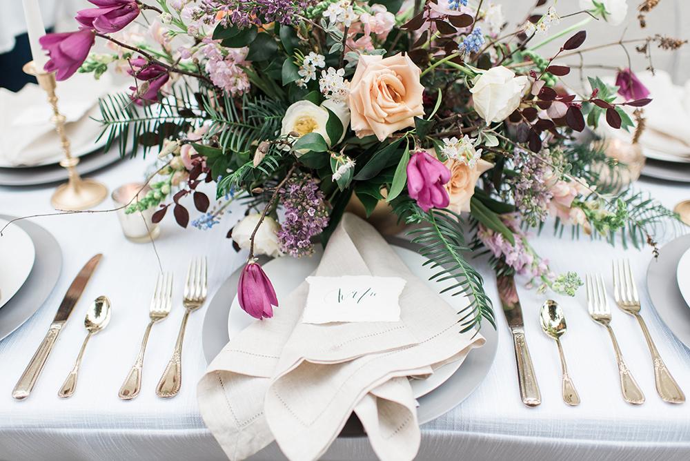 romantic place settings - photo by Holly Von Lanken Photography https://ruffledblog.com/romantic-modern-minimalist-wedding-inspiration