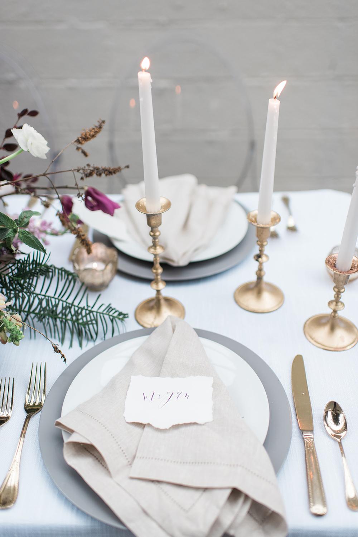 minimalistic place settings - photo by Holly Von Lanken Photography https://ruffledblog.com/romantic-modern-minimalist-wedding-inspiration