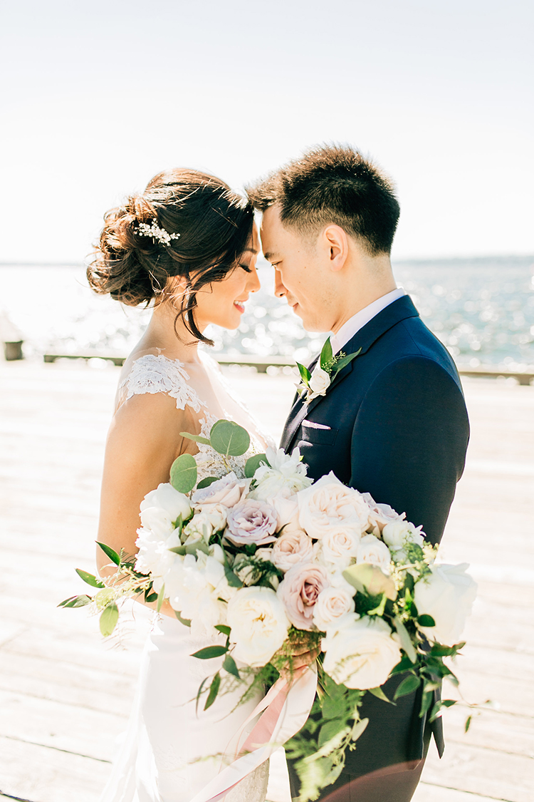 Romantic Pacific Northwest Wedding with Mauve and Champagne - photo by Jenna Bechtholt Photography https://ruffledblog.com/romantic-pacific-northwest-wedding-with-mauve-and-champagne