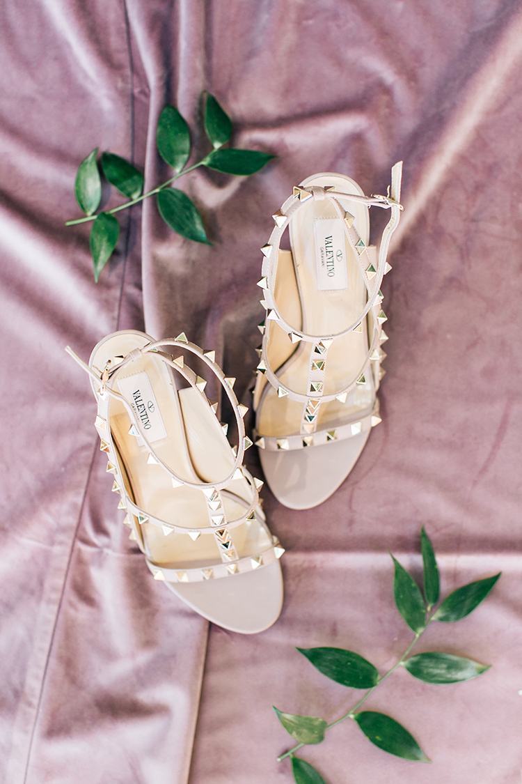 studded Valentino wedding shoes - https://ruffledblog.com/romantic-pacific-northwest-wedding-with-mauve-and-champagne