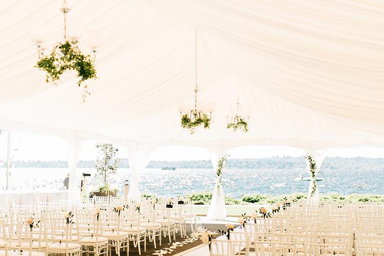 romantic wedding ceremonies - https://ruffledblog.com/romantic-pacific-northwest-wedding-with-mauve-and-champagne