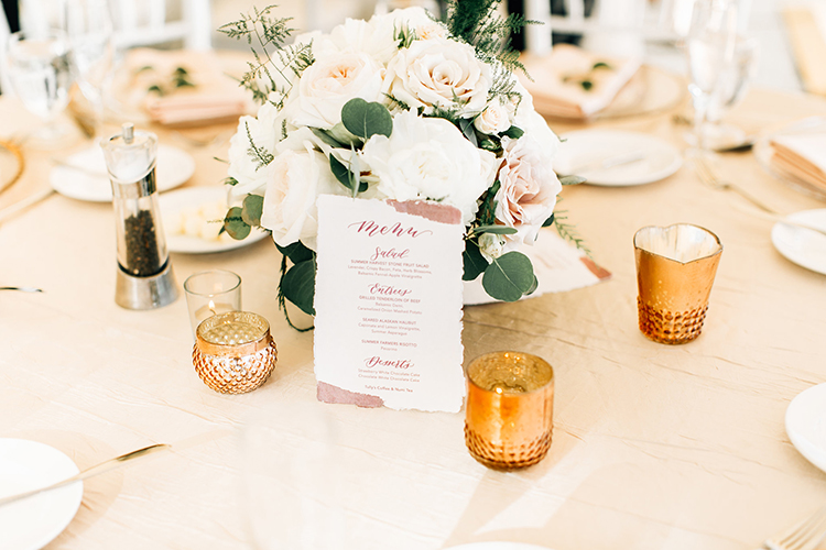 gold wedding table accents - https://ruffledblog.com/romantic-pacific-northwest-wedding-with-mauve-and-champagne